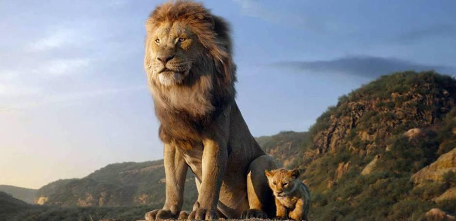 """Novo """"O Rei Leão"""": Mufasa mostra o reino ao filho, Simba. Foto: Divulgação"""
