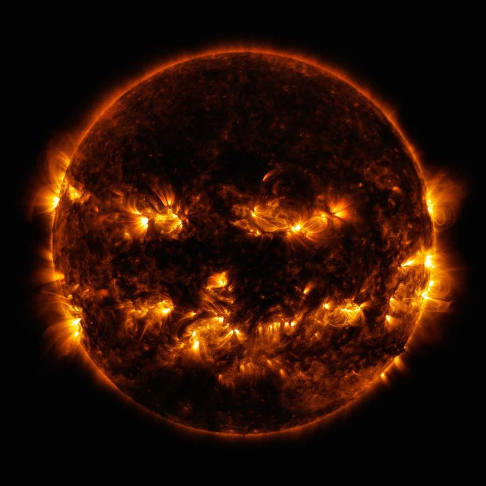 A imagem foi capturada por um telescópio da agência. Foto: Facebook/ Reprodução.