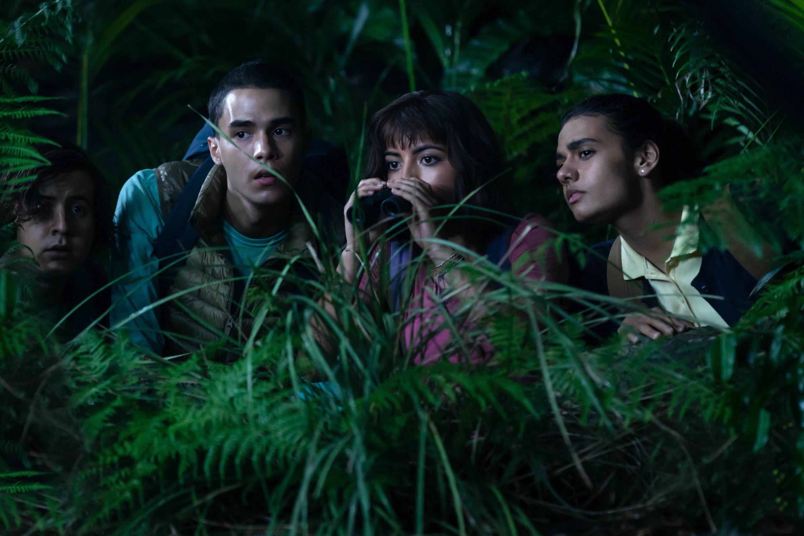 """No filme """"Dora e a Cidade Perdida"""", a personagem Dora Aventureira tenta ir para a escola, mas acaba tendo que resolver um mistério. Foto: Divulgação."""