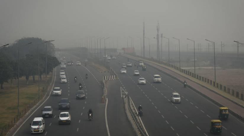 O dióxido de carbono, um dos principais poluentes, é liberado na atmosfera pela ação humana, como a queima de combustíveis. Foto: Indraneel Chowdhury/NurPhoto via Getty Images
