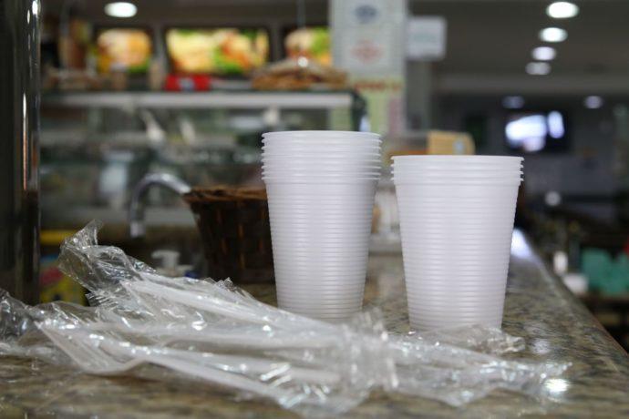 São Paulo proíbe itens descartáveis