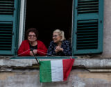Italia-Canto-Janelas-Coronavirus-Getty